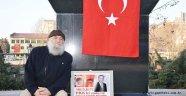 71 yaşında Afrin için nöbet tutuyor