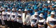 Çinli Şirket 6.400 Çalışanına Aynı Anda Fransa Tatili Hediye Etti