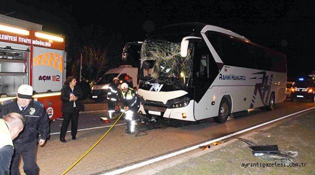 Yolcu otobüsü ve TIR çarpıştı: 1 ölü